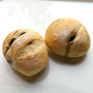 くろまめパン